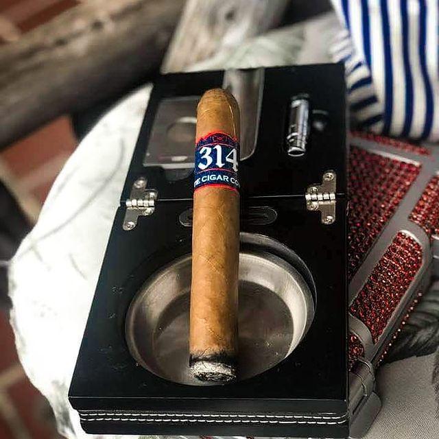 Bow Rie Cigar
